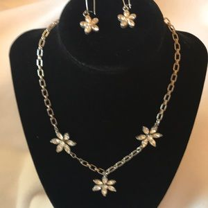 Jewelry - crystal flower necklace and earrings set